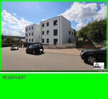 tolle Erdgeschosswohnung, altersgerecht mit Garten und Garage, 75223 Niefern-Öschelbronn, Erdgeschosswohnung