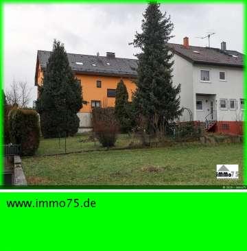 schöne Doppelhaushälfte mit tollem Garten und Garage, 75196 Remchingen-Nöttingen, Doppelhaushälfte
